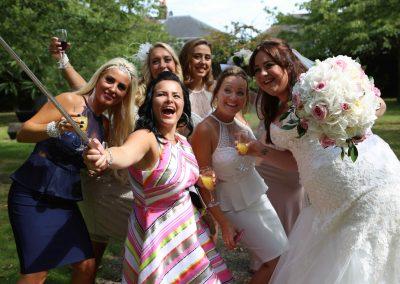 bridal-selfie